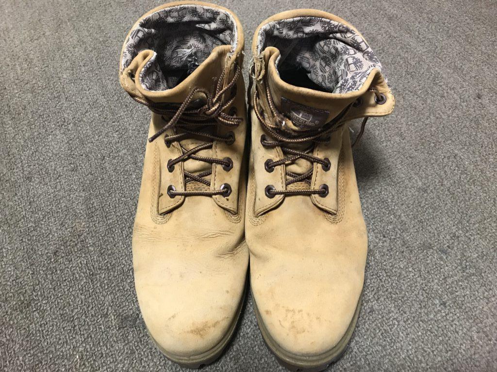 修理後靴全景