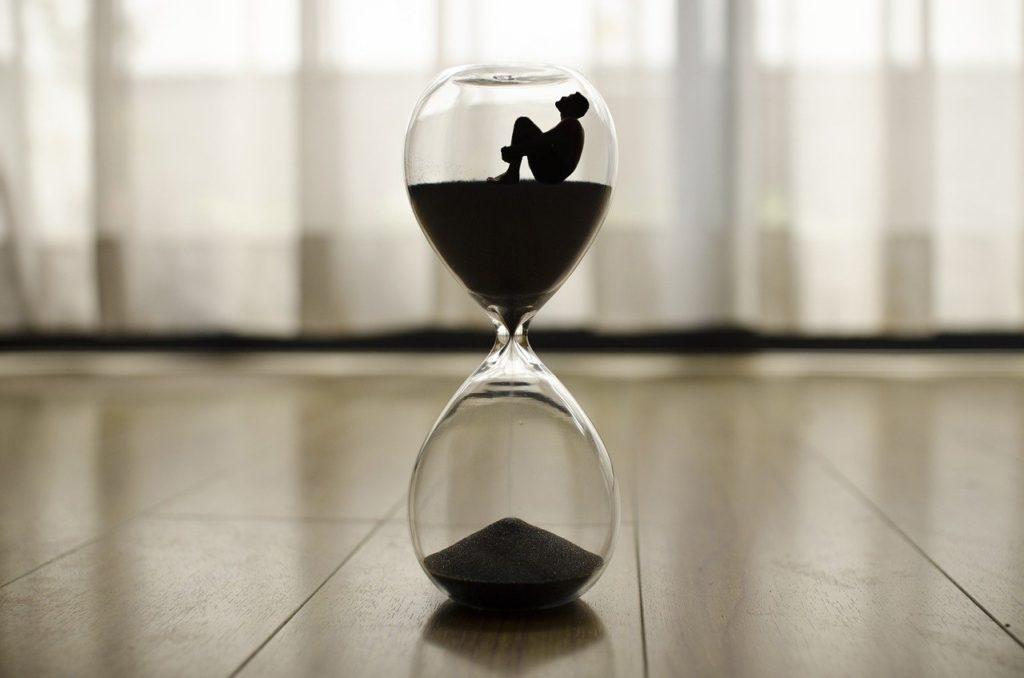 定時ぴったりに帰る方法! 年間残業を10時間に抑える帰宅準備